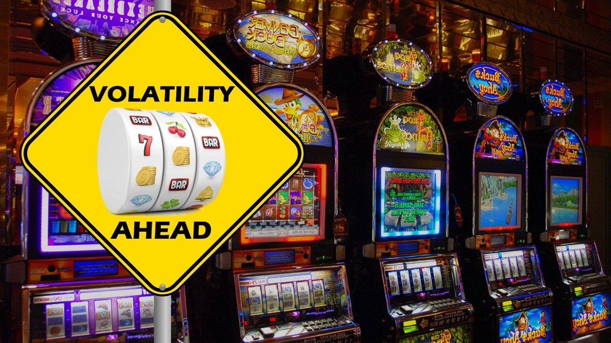 What is the volatility rate of a slot machine